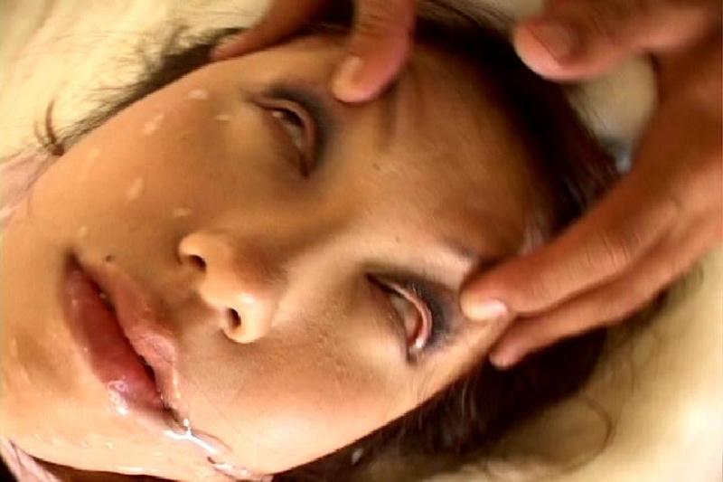 【※ドン引き注意※】女がガチで「イッた瞬間」の顔30パターンwwwwwwwwwwwwwwwwwwwww(画像あり)・31枚目
