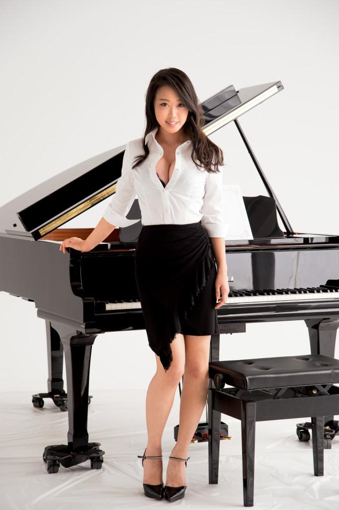 【※ざまぁぁぁ※】底辺ピアニスト女性の週末の過ごし方wwwwwwwwwwwwwwwwwwwwwwwwww(画像あり)・1枚目