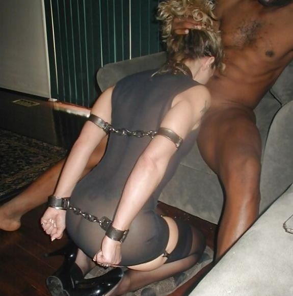 【※胸糞注意※】性奴隷として売買された女性の「その後」の画像が悲惨杉、、家畜以下だろコレ。。(画像28枚)・16枚目