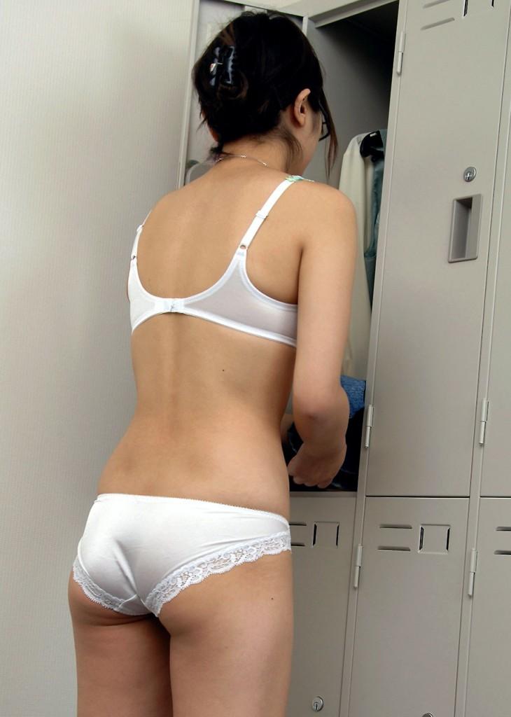 【※おっき不可避※】企業の女子更衣室の様子をご覧くださいwwwwwwwwwwwwwww(画像あり)・3枚目