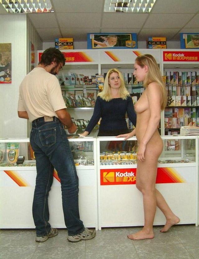 【※マジキチ※】ス ー パ ー に 全 裸 の 女 が い た ん だ がwwwwwwwwwwwwwwwwwww(画像あり)・10枚目