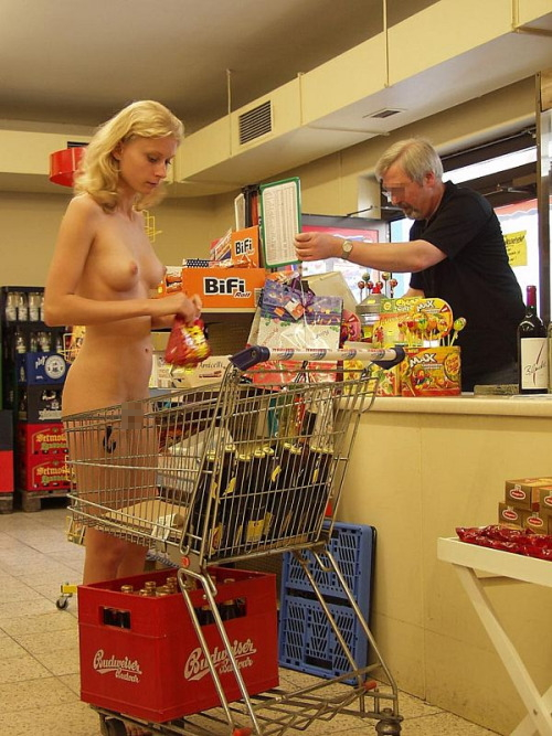 【※マジキチ※】ス ー パ ー に 全 裸 の 女 が い た ん だ がwwwwwwwwwwwwwwwwwww(画像あり)・23枚目
