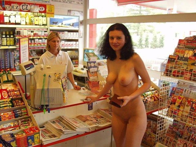 【※マジキチ※】ス ー パ ー に 全 裸 の 女 が い た ん だ がwwwwwwwwwwwwwwwwwww(画像あり)・4枚目