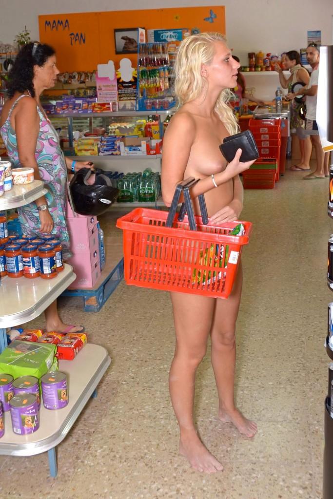 【※マジキチ※】ス ー パ ー に 全 裸 の 女 が い た ん だ がwwwwwwwwwwwwwwwwwww(画像あり)・6枚目