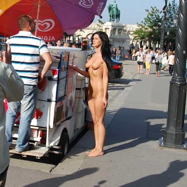 【※マジキチ※】ス ー パ ー に 全 裸 の 女 が い た ん だ がwwwwwwwwwwwwwwwwwww(画像あり)・9枚目