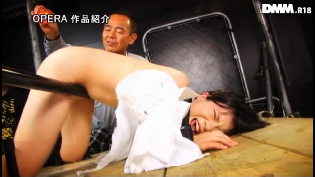 【※草不可避※】優等生(女子)がうんこ漏らした瞬間の表情wwwwwwwwwwwwwwwww(画像あり)・13枚目