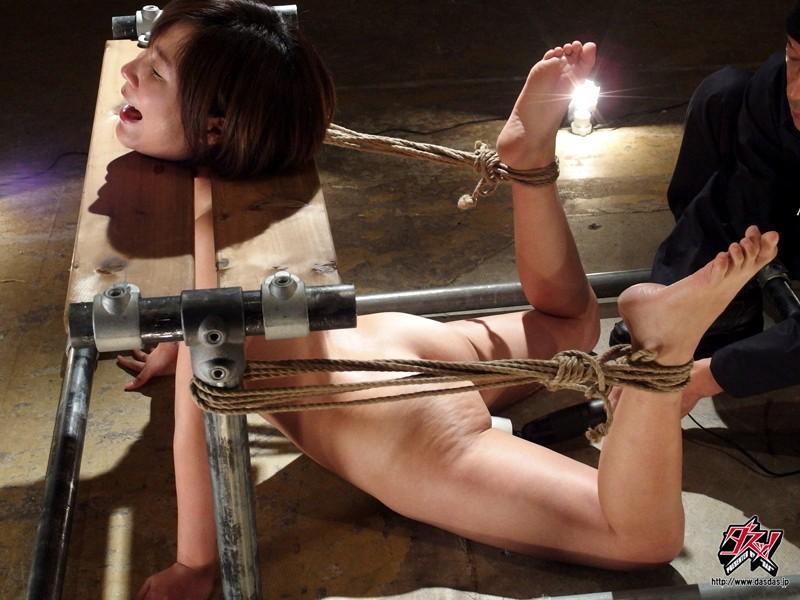 【※鬼畜注意※】女優が脱臼して問題になったAVがコチラ → ガチ泣きしてて草wwwwwwwwwww(画像あり)・25枚目