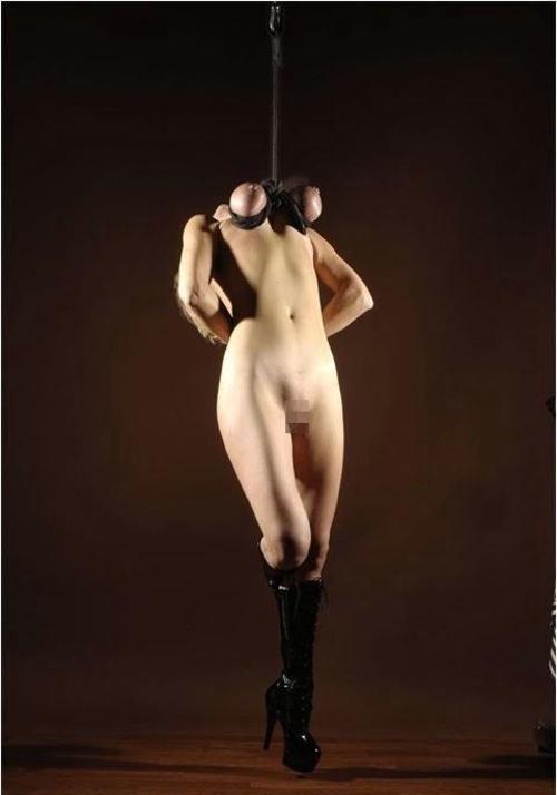【※閲覧注意※】「おっぱいだけで吊るしてみた」 とかいう画像ギャラリーがヤバ杉て引いた。。。(画像あり)・20枚目