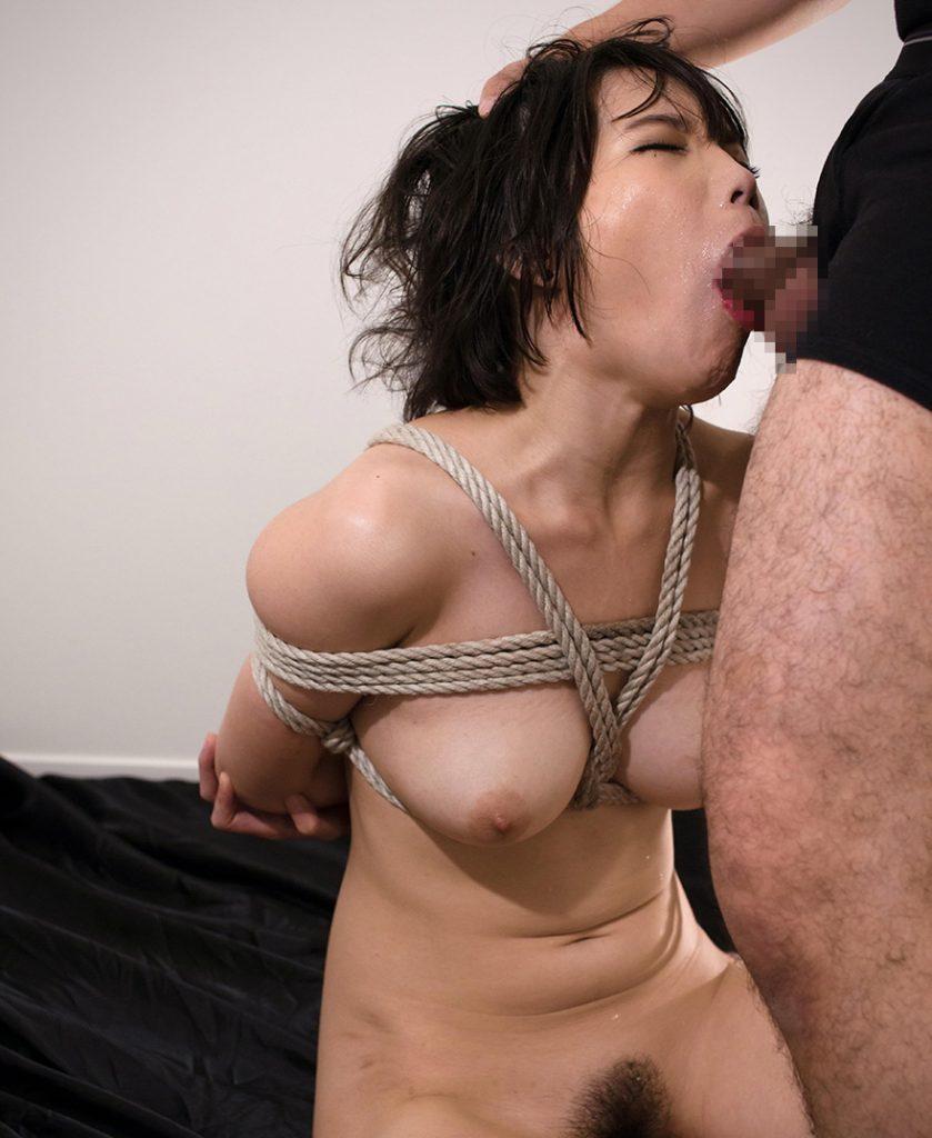 【※制圧完了※】女 を 後 手 に 縛 っ て フ ェ ラ チ オ さ せ た 時 の 征 服 感 は 異 常wwwwwwwwwwwwwwwwwwwww(画像あり)・18枚目