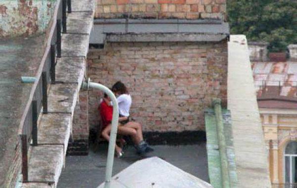【※マジキチ※】「お!公園の噴水でセクロスしてるヤツおるやんけ!撮ったろ」 → 写真がコチラwwwwwwwwwwwww(画像あり)・13枚目