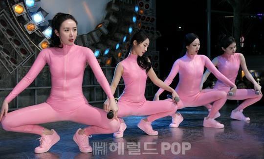 【※画像あり※】韓国人女のHな体wwwwwwwwwwwww→「慰安させたいンゴオオオオオオオオオ」「要ティッシュ」(画像あり)・40枚目