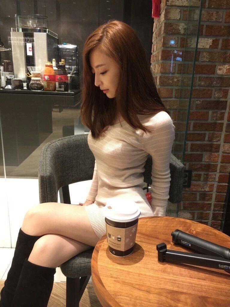 【※画像あり※】韓国人女のHな体wwwwwwwwwwwww→「慰安させたいンゴオオオオオオオオオ」「要ティッシュ」(画像あり)・45枚目