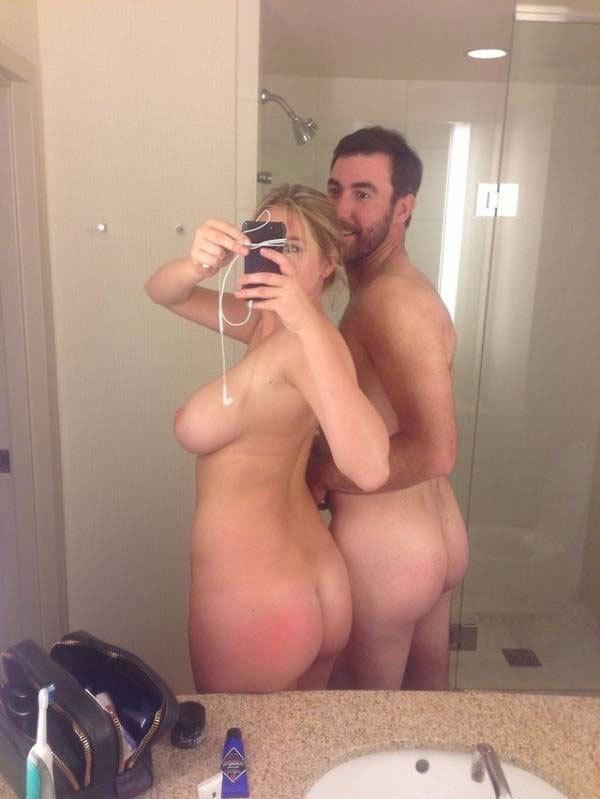 【※朗報※】ロシアJKの間で全裸自我撮り大流行中wwwwwwwwwww これでJKとかもうクソワロwwwwww(画像あり)・29枚目