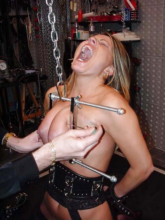 【※閲覧注意※】変態セレブに買われた性奴隷のその後をご覧下さい。 これはいっそ死にたくなること請け合い。。(画像26枚)・4枚目