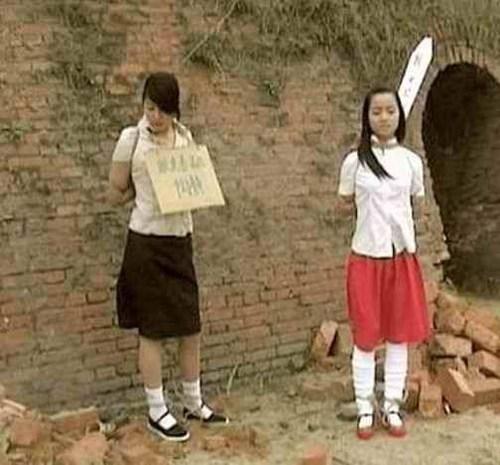【※閲覧注意※】中国の女囚人の処刑の様子をご覧下さい。 → 淡々と殺し過ぎててガチでビビった。。。(画像あり)・9枚目