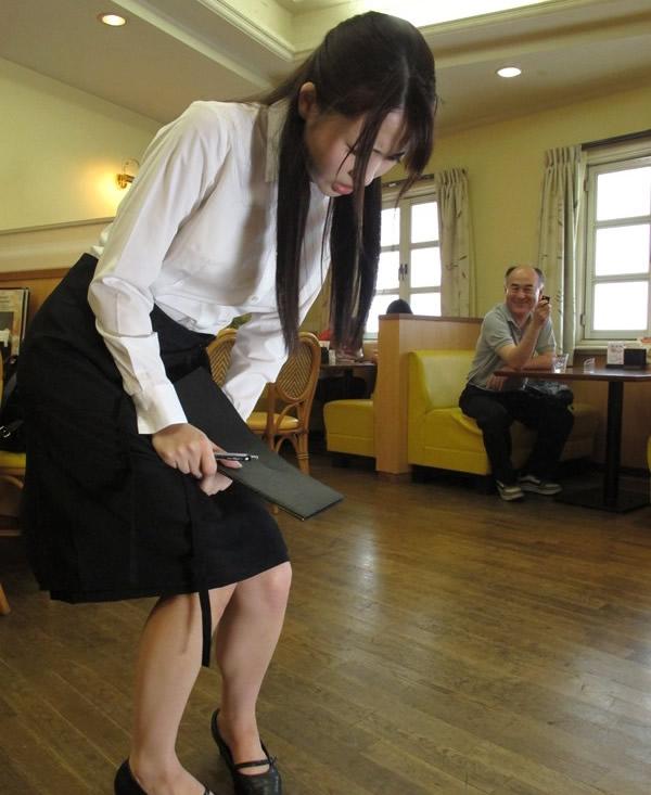 【※GIFあり】卓球中の女子にリモコンバイブ仕込んでスイッチオンした結果wwwwwwwwwwwwwwwwwwwwww・9枚目