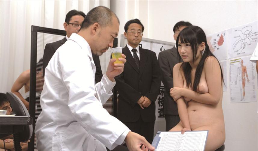 【※役得※】女子高の健康診断とかいう医師の「役得の頂点」の様子をご覧下さいwwwwwwwwwwwwwwwwwwwwww(画像あり)・7枚目