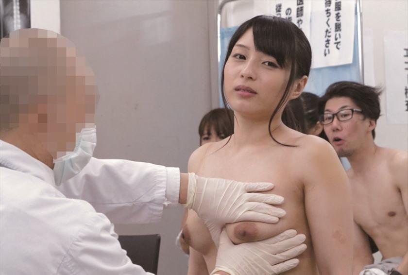 【※役得※】女子高の健康診断とかいう医師の「役得の頂点」の様子をご覧下さいwwwwwwwwwwwwwwwwwwwwww(画像あり)・9枚目