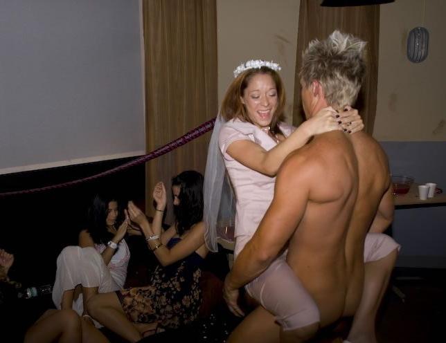 пьяная невеста затраханая на девичнике