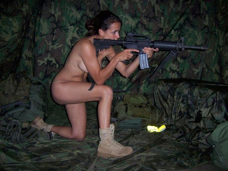 【※時事ネタ】女スナイパーブームなので女子スナイパーのちょっとすけべな画像集めてみたンゴwwwwwwwwwwwwww・17枚目