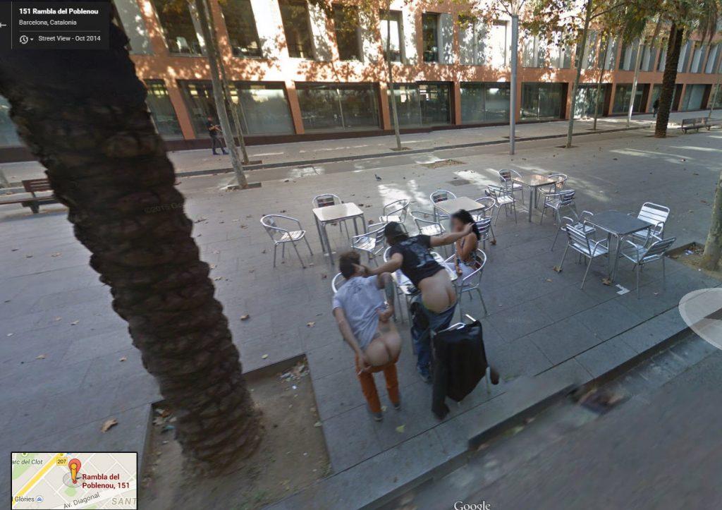 【※画像あり】Googleマップのストリートビューに偶然映ったおっぱいを集めた結果。 ←これって盗撮にならないの?wwwwwww(画像多量)・20枚目