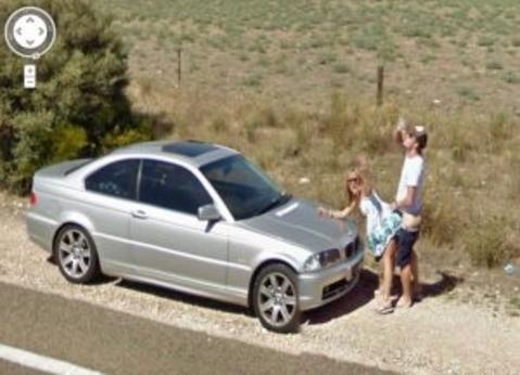 【※画像あり】Googleマップのストリートビューに偶然映ったおっぱいを集めた結果。 ←これって盗撮にならないの?wwwwwww(画像多量)・21枚目