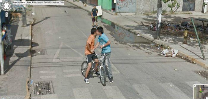【※画像あり】Googleマップのストリートビューに偶然映ったおっぱいを集めた結果。 ←これって盗撮にならないの?wwwwwww(画像多量)・22枚目