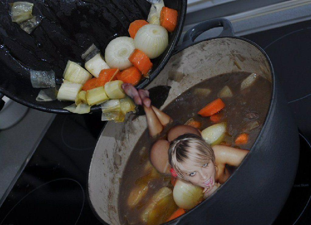 【※閲覧注意】徐々に気持ち悪くなっていく「女の子料理しました」系画像が割とキツイ。。 脚よ脚、、、(画像あり)・3枚目