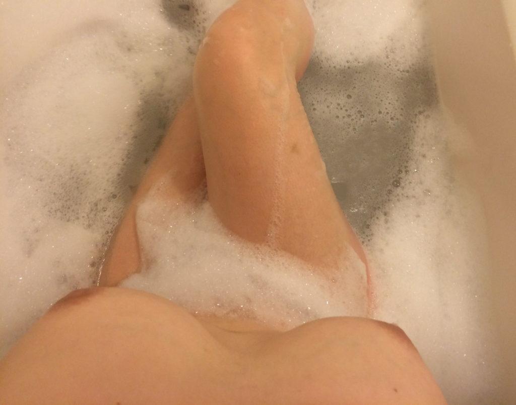 【※画像あり】お風呂に携帯持ち込むまんさん、だいたいこれをやるwwwwwwwwwwwwwwwwwwwwwwwwww・7枚目