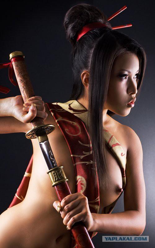 【※超マニアック】ワ イ 、 つ い に 日 本 刀 を 持 っ た ま ん さ ん の ノ ス タ ル ジ ッ ク 写 真 の エ ロ さ に 気 付 く。・5枚目