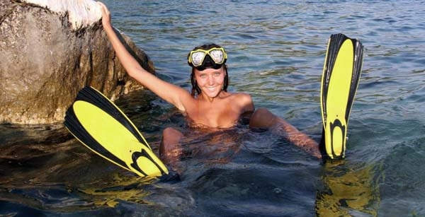 【※マジキチ】海 行 っ た ら 全 裸 で ウ ェ イ ク ボ ー ド や っ て る ま ん の 者 に 遭 遇 し た ン ゴwwwwwwwwwwwwwwwwwwwwww(画像あり)・8枚目