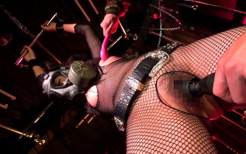 【※マジキチ】「は?ハメ撮り?顔出しとか死んでもムリ!」と仰ってた女が装着してきたマスクがコレwwwwwwwwwwww(画像あり)・12枚目