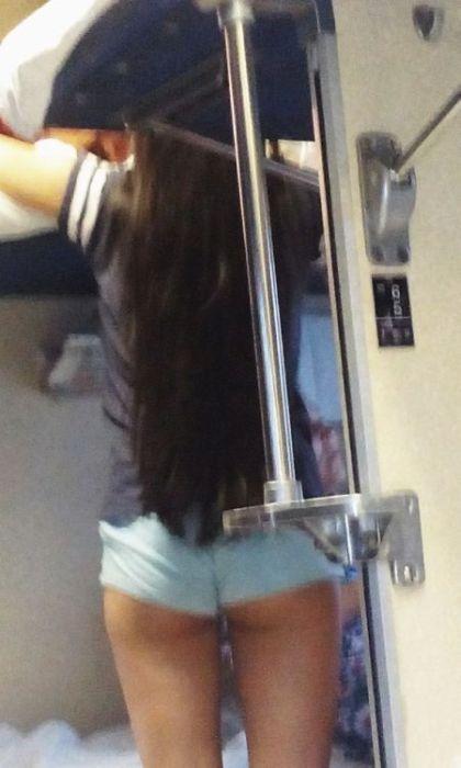 【※エロ注意】寝台列車乗ってきたから 「車内の絶景風景」 見て欲しいお(^ω^≡^ω^) おっおっおっおっ.(画像あり)・2枚目