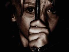 この世の闇。人身売買業者に売られた映像がトラウマレベル