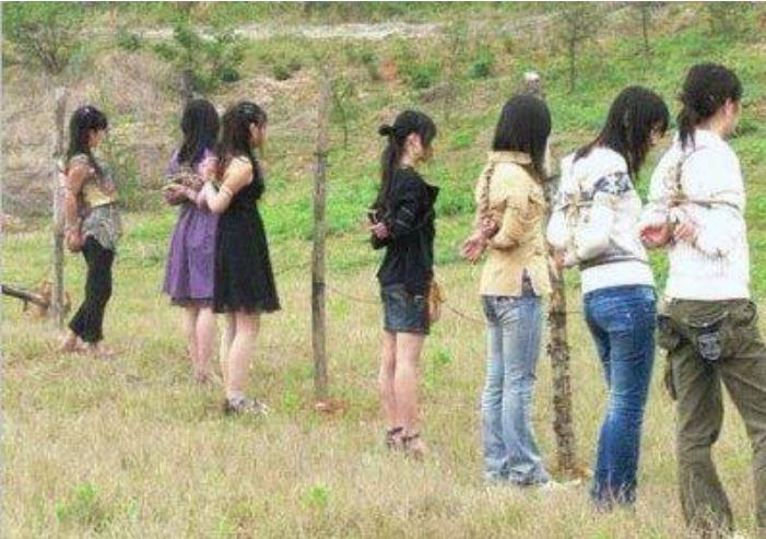 【※閲覧注意】田舎チャイナの女死刑囚の死刑執行の様子がコチラ、、、スーパー雑杉泣いた。。。(画像あり)・22枚目