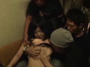 【胸糞注意】慶応のレイプ事件、遂に28分の動画が流出する。 これは胸糞悪くて無理だわ。。。