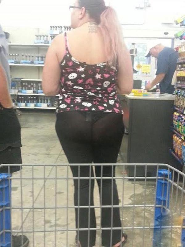 【※女性注意】まんの者「白スパッツは透けるからー黒にしといたろ!」 →貴方の尻はこうなっているwwwwww(画像あり)・18枚目