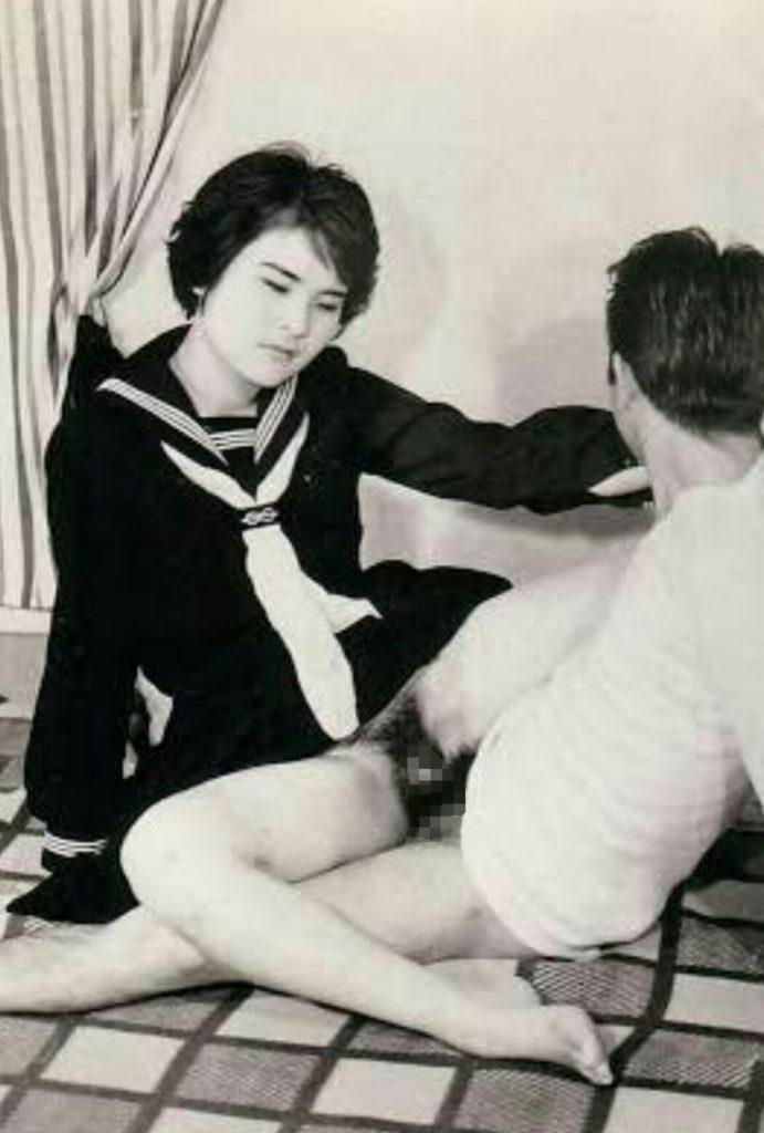 【※貴重※】白黒時代、昭和初期のエロ画像が想像より斜め上な事実。(画像26枚)・20枚目