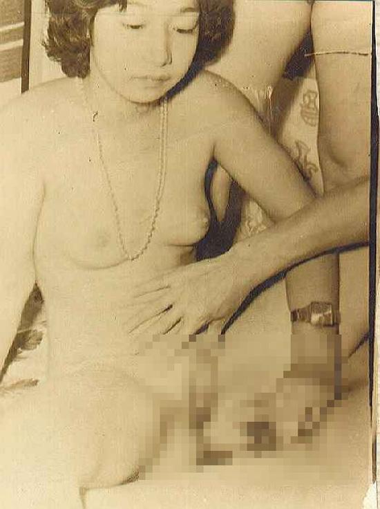【※貴重※】白黒時代、昭和初期のエロ画像が想像より斜め上な事実。(画像26枚)・22枚目