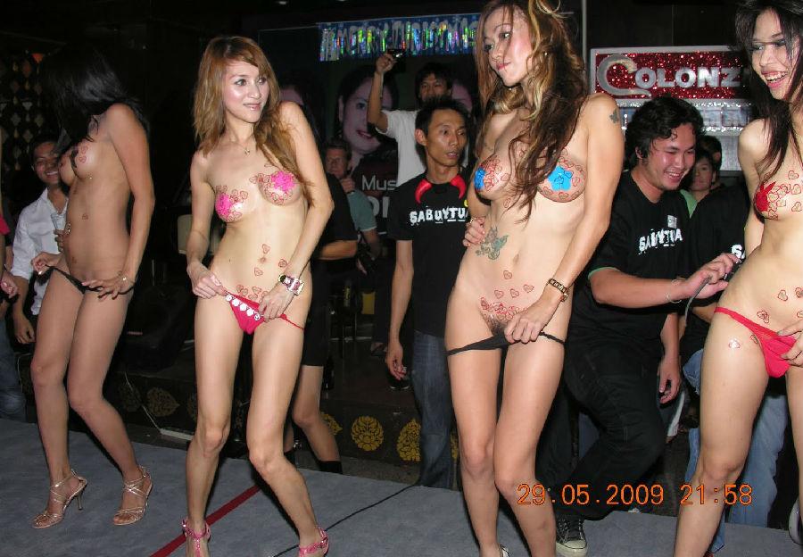 【※違法注意】タイの「マッサージパーラー」とかいうゴリゴリ風俗の店内をご覧くださいwwwwwwwwwwwwwwwww(画像あり)・5枚目