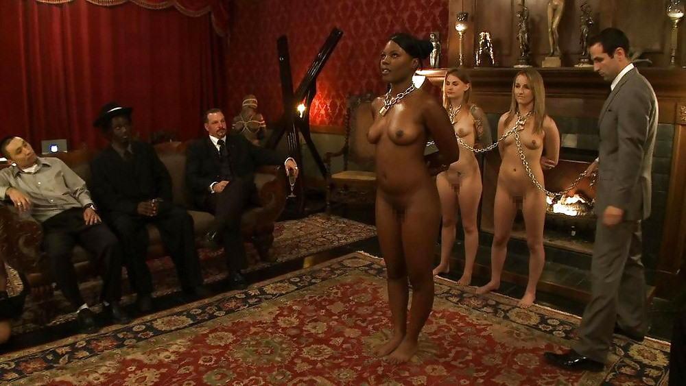 【※闇深定期※】CMNF(着衣の男性と裸の女性)とかいう闇の深いエロ画像貼ってく。これなんか鬱になるな。(画像20枚)・7枚目