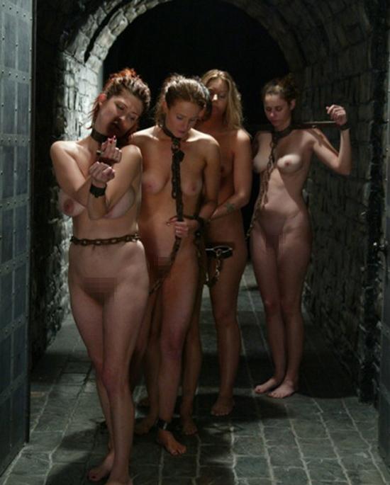 【※閲覧注意】性奴隷として売買された女性の末路・・・家畜以下とは。。(画像あり)・17枚目