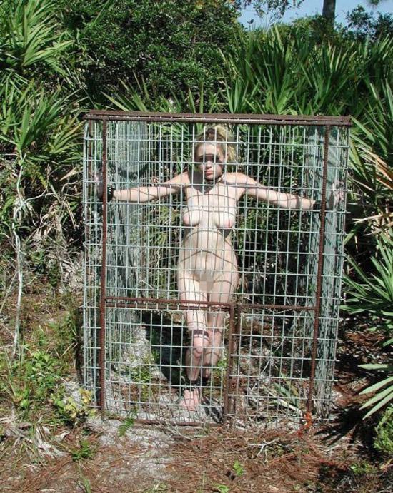 【※閲覧注意】性奴隷として売買された女性の末路・・・家畜以下とは。。(画像あり)・30枚目