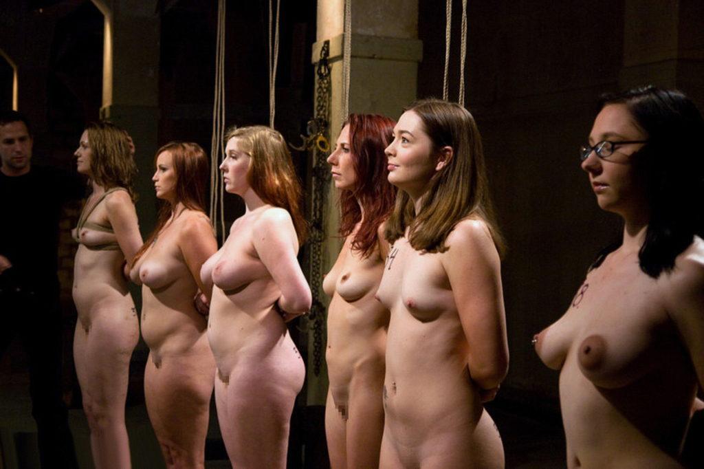 【※閲覧注意】性奴隷として売買された女性の末路・・・家畜以下とは。。(画像あり)・4枚目