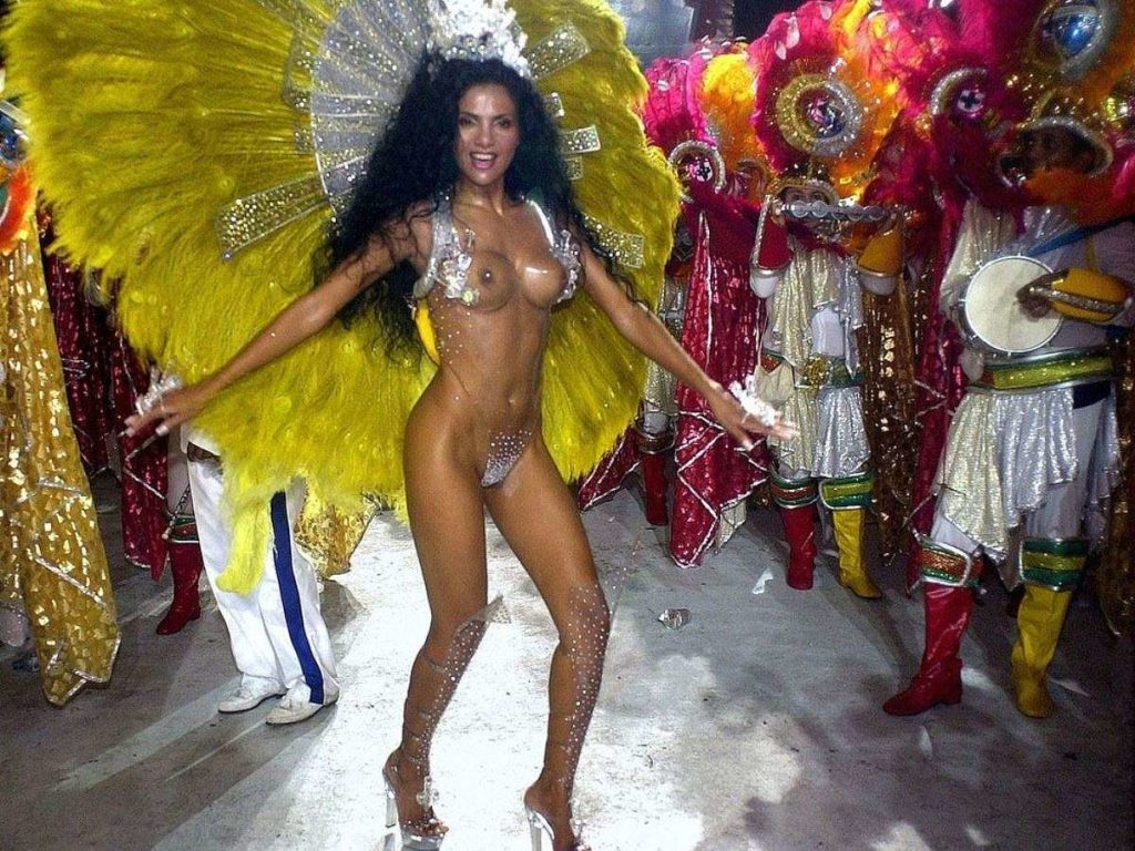 【画像あり】サンバカーニバルとかいう露出狂の集まり、逮捕レベルだろコレwwwwwwww・6枚目