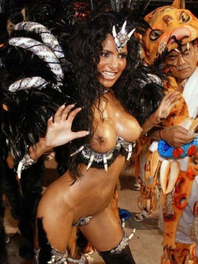 【画像あり】サンバカーニバルとかいう露出狂の集まり、逮捕レベルだろコレwwwwwwww・8枚目