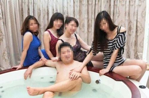 【※衝撃】中国の大富豪の流出画像 → 金持ちは大概コレやなwwwwwwwwwwwww(画像あり)・19枚目