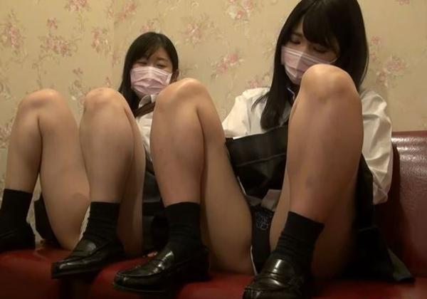 【※援○注意】素人専門メーカーさん、2人のJKとカラオケボックスでハメ撮りする暴挙にwwwwwwwwwwww