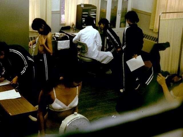 【※悪質※】学校の身体測定を担当する医師の画像フォルダが思った以上に児ポ注意やった・・・(画像あり)・8枚目
