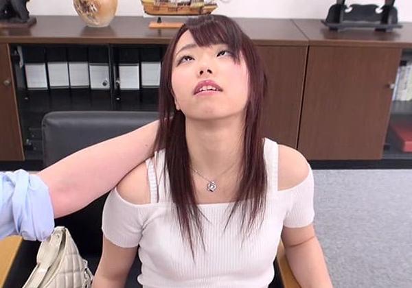 【※画像あり】ガチの催眠術師が女に催眠をかけた結果。エロくなった表情をご覧くださいwwwwwwww